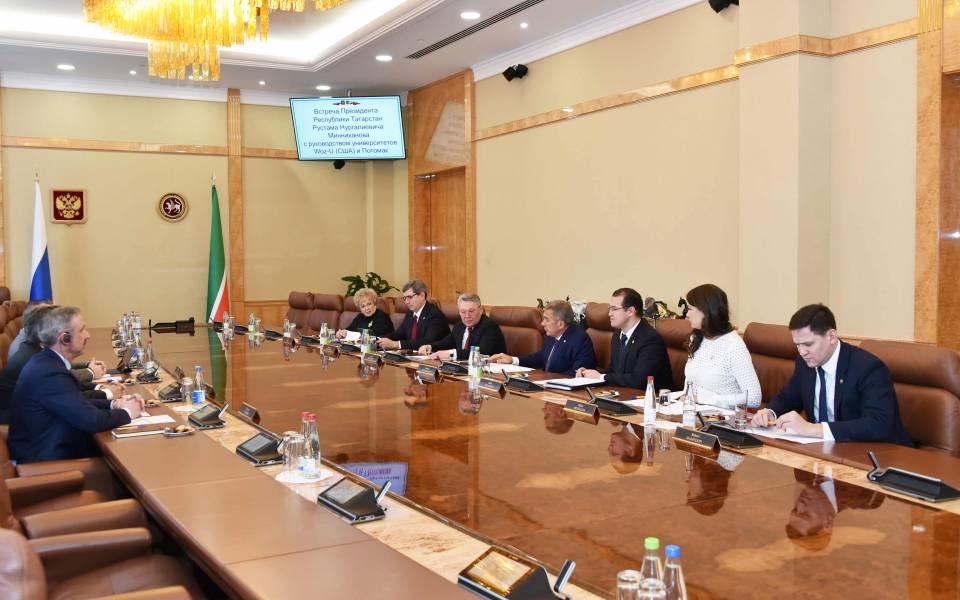 Встреча руководства университетов Потомак, Woz-U и«ТИСБИ» спрезидентом Татарстана