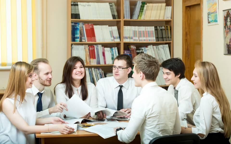 Студенты «ТИСБИ»
