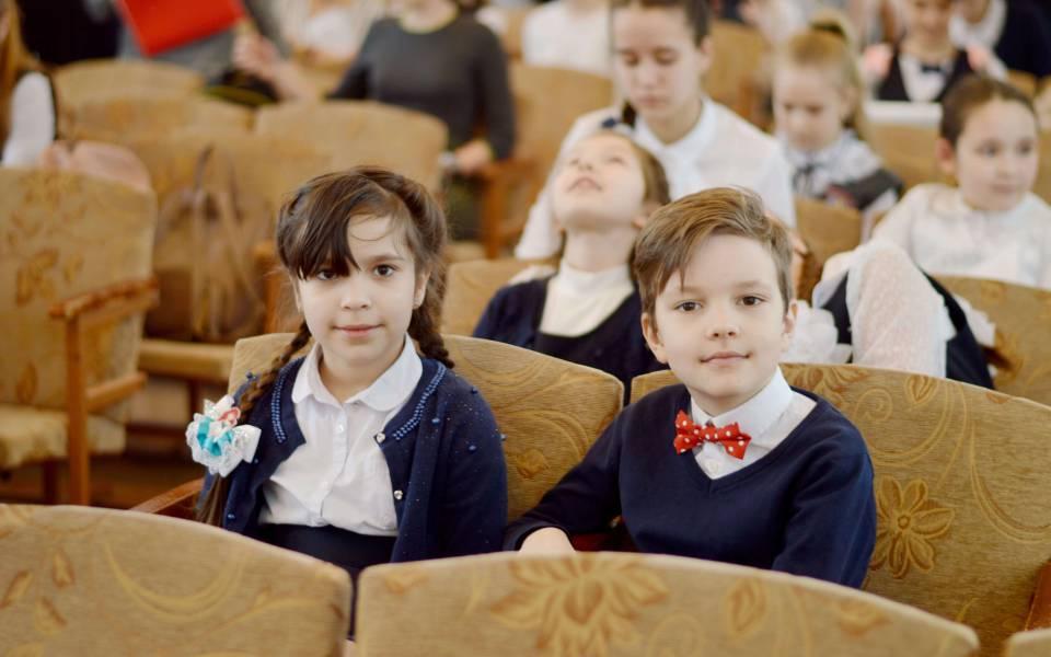 Участники конференции «Петровские чтения»