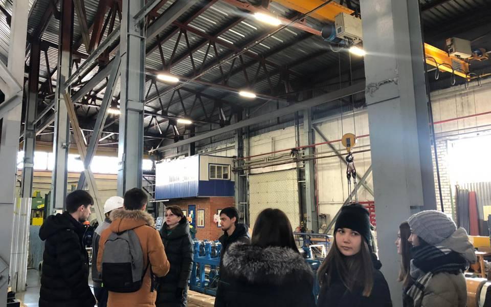 Студенты «ТИСБИ» знакомятся спроизводством завода «Казанские стальные профили»